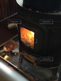 薪ストーブの写真・画像素材[973782]