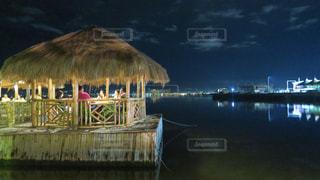 セブ島で有名な水上レストラン「ランタウ」でディナーの写真・画像素材[1725892]