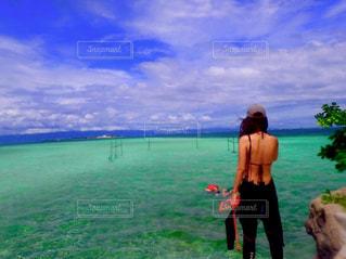 キレーな海の色の写真・画像素材[1728427]