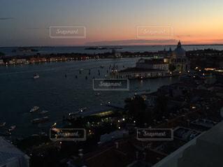 アドリア海の夕暮れの写真・画像素材[975420]