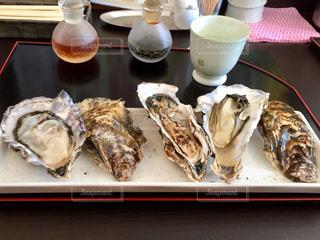 牡蠣食べ比べの写真・画像素材[1162160]