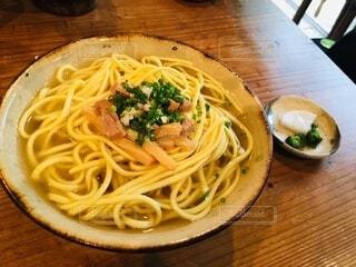 お蕎麦屋さんでの食事の写真・画像素材[4057685]