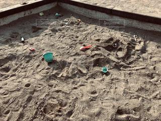 砂場の忘れ物の写真・画像素材[1743194]