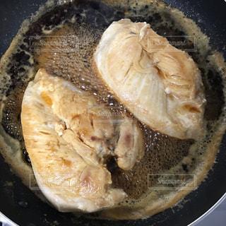鶏胸肉のソテーの写真・画像素材[978946]