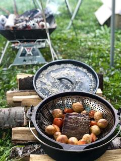 キャンプご飯の写真・画像素材[1175651]