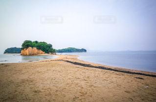 小豆島のエンジェルロードの写真・画像素材[996131]