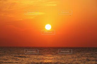 夕陽の写真・画像素材[980995]