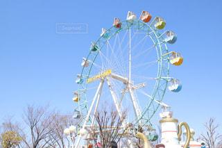 遊園地の観覧車の写真・画像素材[1092576]