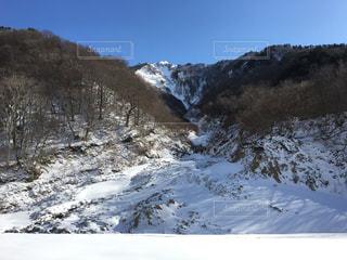 雪山の写真・画像素材[981705]