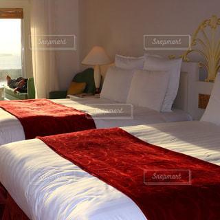 ホテルの部屋でダブルベッド - No.983977