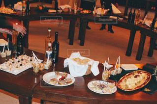 ワインの試飲会の写真・画像素材[982765]