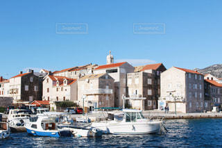 コルチュラ島の街並みと海の写真・画像素材[1875612]