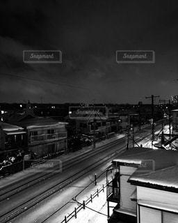 夜と雪と街の写真・画像素材[983767]