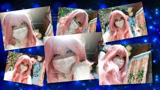 ピンク色のウイッグの写真・画像素材[1037227]