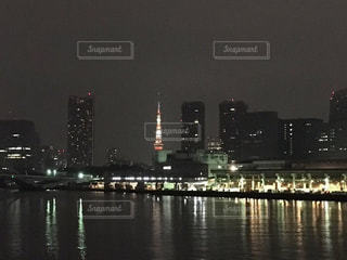 築地市場と東京タワー - No.995156