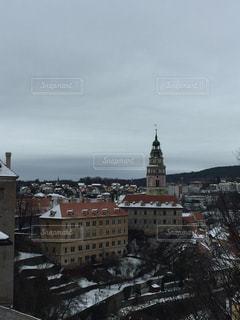 雪の中の城の写真・画像素材[987494]