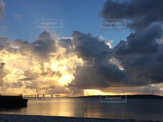 壮大な夕焼け!の写真・画像素材[1001455]