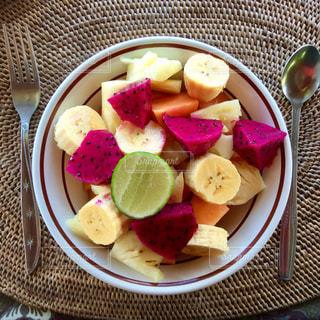 バリニーズフルーツサラダの写真・画像素材[988591]