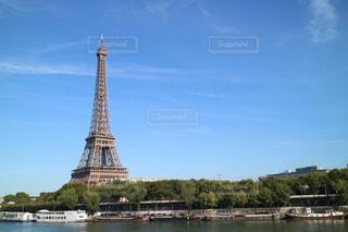 水の体の上の橋の写真・画像素材[1202590]