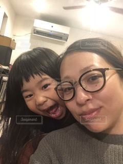 ママと娘の写真・画像素材[989003]