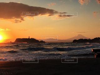 夕暮れ時の湘南の景色の写真・画像素材[993375]