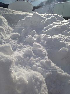 高速PA、真っ白な雪の写真・画像素材[997275]