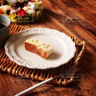 とろけるスフレチーズケーキの写真・画像素材[2776745]