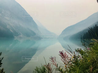 カナダ バンフ国立公園 ルイーズ湖の写真・画像素材[1424384]