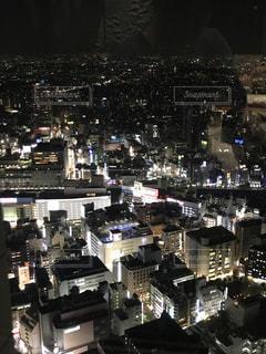 夜の街の景色の写真・画像素材[1091832]