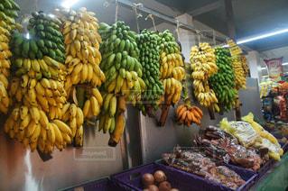 バナナの束の写真・画像素材[991810]
