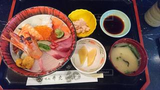 海鮮丼定食の写真・画像素材[992918]