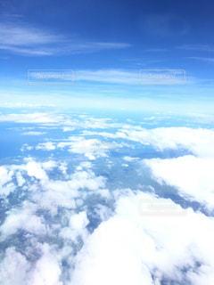 空に浮かぶ雲の写真・画像素材[994932]