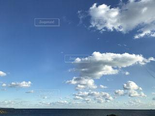 水平線の景色の写真・画像素材[999612]