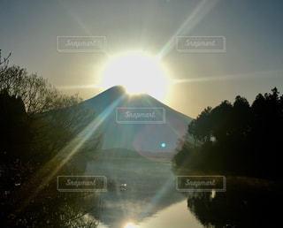 田貫湖からのダブルダイヤモンド富士の写真・画像素材[1388385]