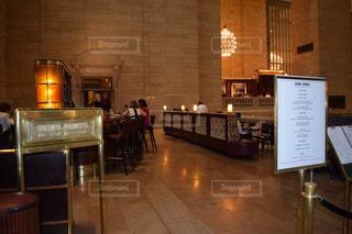 アメリカ(ニューヨーク)のグランドセントラル駅にあるマイケルジョーダンステーキハウスの写真・画像素材[998569]