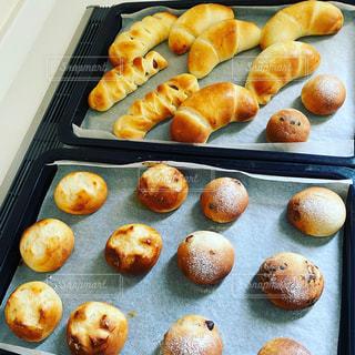焼き立てパンの写真・画像素材[3252415]