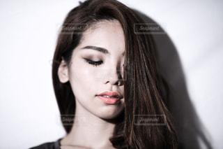 女性の顔の写真・画像素材[2082871]