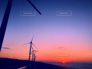海に沈む夕日の写真・画像素材[1001429]