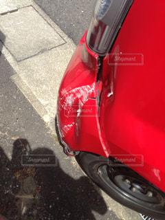 ぶつけた車の写真・画像素材[1124213]