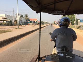 カンボジアの道の写真・画像素材[1006326]