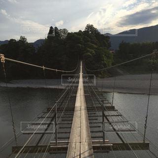 塩郷の吊り橋の写真・画像素材[1005302]