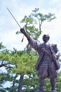 松江城 堀尾吉晴公の銅像の写真・画像素材[2211064]