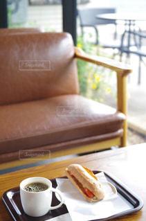カフェ レストラン テーブルと椅子の写真・画像素材[2234910]