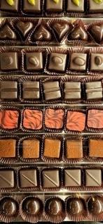 たくさんのチョコレートの写真・画像素材[2698354]