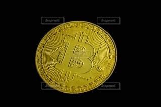 ビットコイン投資のイメージの写真・画像素材[4010956]