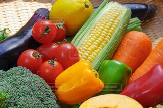 盛りだくさんの野菜 カラフルの写真・画像素材[4444294]