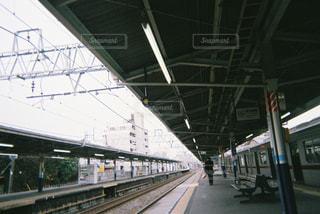 列車が駅に引いての写真・画像素材[1006234]