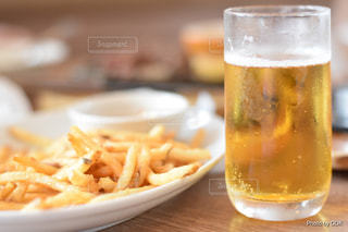 ビール&ポテトの写真・画像素材[1371079]