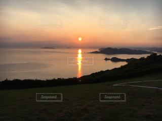 夕日の写真・画像素材[1008146]