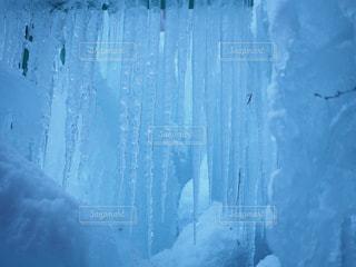 氷柱(ツララ)がいっぱいの写真・画像素材[1007013]